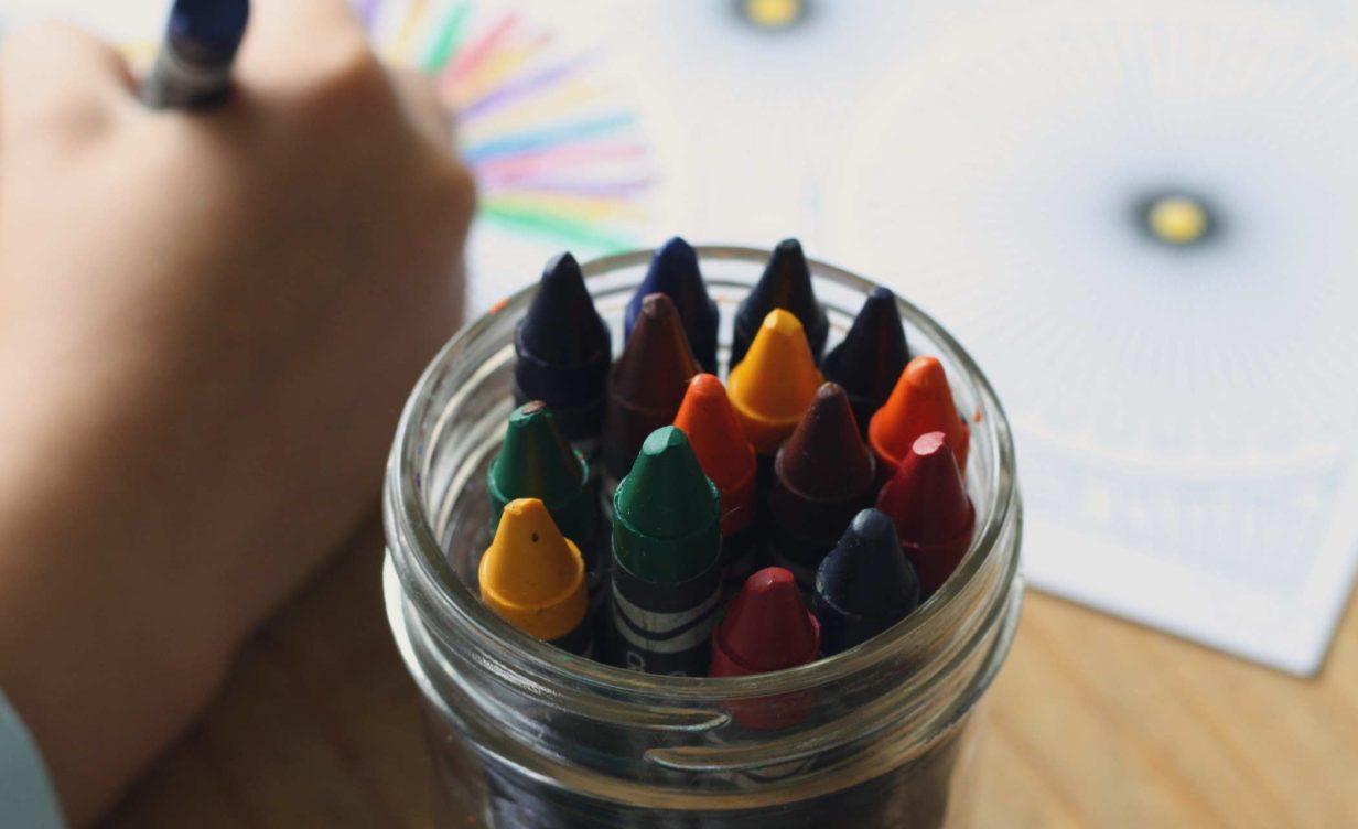 child-colouring-main-header-image